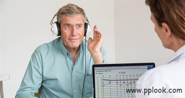 老人助听器验配