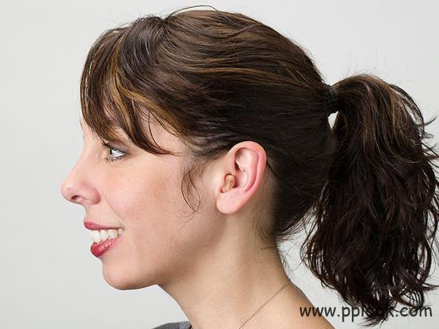 隐形助听器